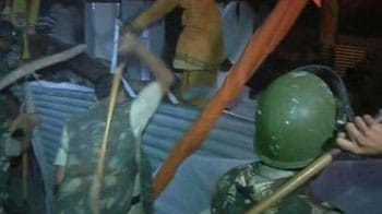Video : Late night violence at Ramdev protest
