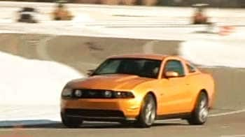 Video : CNB reviews 2011 Ford Mustang GT: The ultimate muscle car