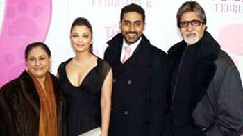 Video : Bachchans in the spotlight, again!