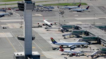 Video : 'Cancel take off plans!' Close shave at JFK