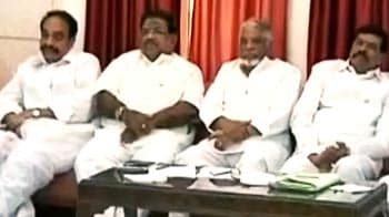 Video : Telangana's Congress lawmakers to resign en masse on July 4