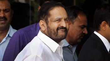Video : Authorities crack the whip after Kalmadi's tea party with Tihar officials