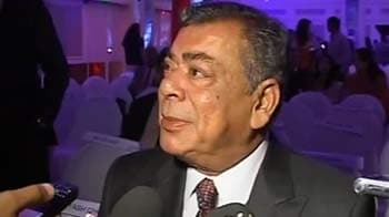Video : Vodafone to pay $400 million more to buy 33% in Essar