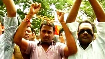 Video : Telangana bandh: Tension at Osmania University