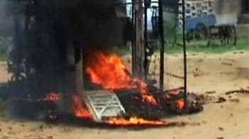 Video : Moradabad: Villagers clash with police