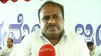 Video : Kumaraswamy launches indefinite fast