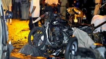 Video : Mumbai terror attacks: 17 dead, severed head found