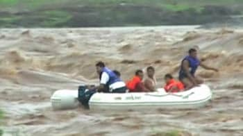 Video : Surat: 4 rescued from flash floods