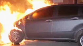 Video : Cars set on fire on the streets of Berlin