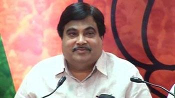 Video : Yeddyurappa decision only after Hegde report is presented: Gadkari
