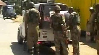 Video : Sopore custodial death: PDP MLAs thrashed by angry locals