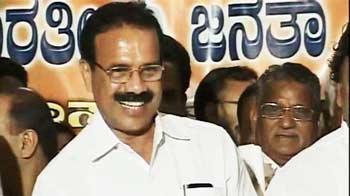 Video : Sadananda is CM, open battle within BJP