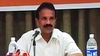 Videos : गौड़ा ने शेट्टर को दी मात