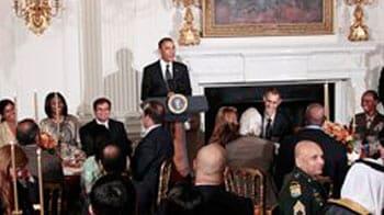 Video : Obama thanks Muslims at Ramadan dinner