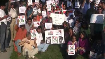 Video : Cries of support from Falls Church