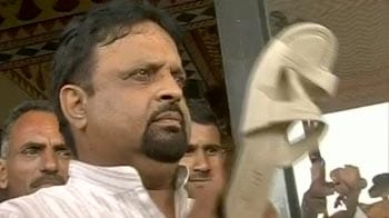 Video : Wah, MLAs! Shoe vs slipper in Rajasthan Assembly