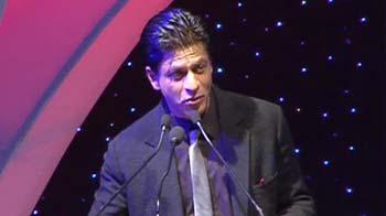 Video : Shah Rukh goes gaga over Gaga