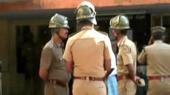 Video : Police firing kills 6, Jayalalithaa fights criticism