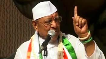 Video : Vaghela ends fast, says Modi govt betrayed trust