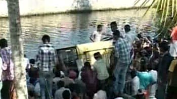 Video : School bus falls into Kerala river; 3 children killed, 20 rescued