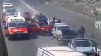 Video : Caught on camera: Three-car-crash in fast lane
