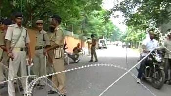 Video : Telangana crisis: Bandh in Hyderabad, talks in Delhi