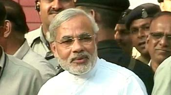 Video : BJP united, Narendra Modi isolated