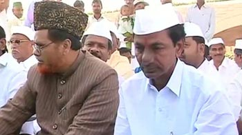 Video : Pro-Telangana activists stage protest at Rajghat
