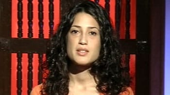Video : Pakistan govt working at the behest of US: Fatima Bhutto