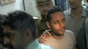 Video : Sohrabuddin case: Key witness escapes from police custody, nabbed