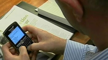 Video : What the BB?! BlackBerry outage pings India hard