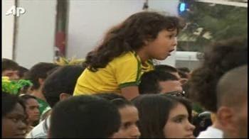 Video : Jubilant Brazil fans in Rio celebrate first win