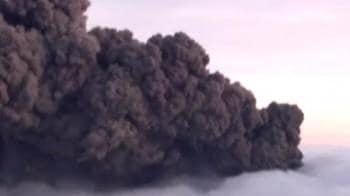 Video : Iceland's volcanic ash halts flights across Europe