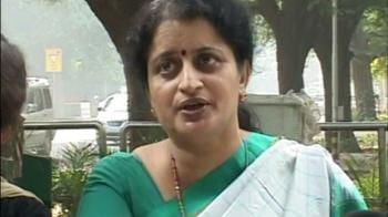 Video : Widows of 26/11 heroes meet Sonia Gandhi