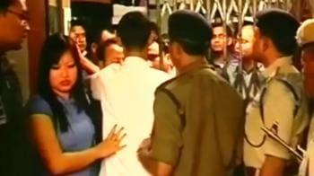 Video : Guwahati: Girl stripped in public, no arrests
