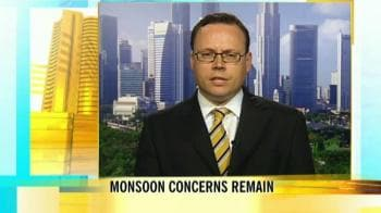 Video : Japan emerges out of recession