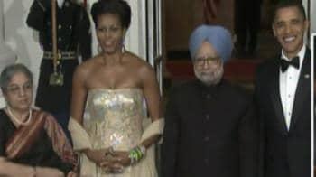 Video : Apka swagat hai, Obama to Singhs
