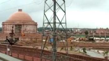Video : Apex court to Mayawati: Stop