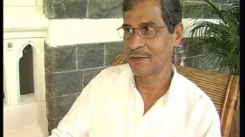 Video : 26/11 martyr's parents revisit Taj