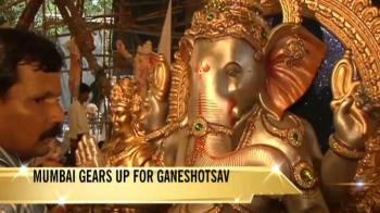 Video : Mumbai welcomes Lord Ganesha