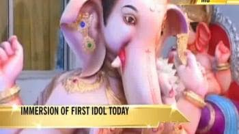 Video : Mumbai's first Ganesha immersion today