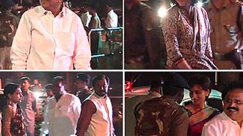 Video : Sonia hosts dinner for party MPs and their spouses