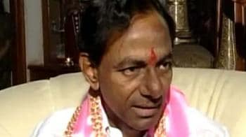 Video : In Andhra, TRS goes the Shiv Sena way