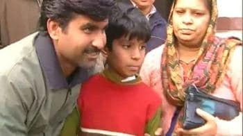 Video : Lucknow: 11-year-old rescued