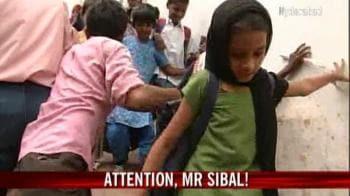Video : Hyderabad school in shambles