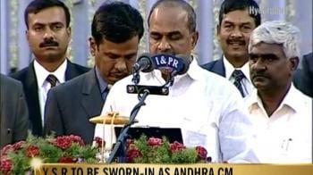 Video : Y S R sworn in as Andhra CM