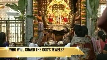 Video : Corruption in world's richest temple