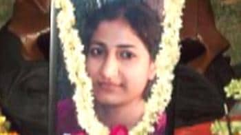 Video : Journalist's honour killing: Mother arrested