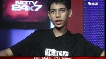 Video : Student overcomes tragedy, tops ICSE
