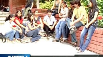 Video : U-Special meets freshers at Bhagat Singh College